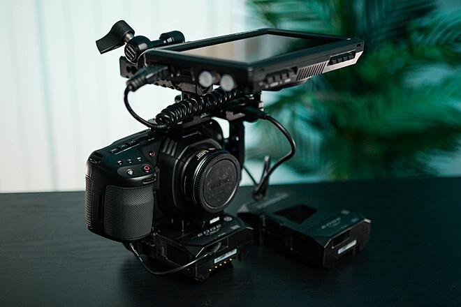 Blackmagic Pocket Camera 4K Package (Metabones Canon EF)