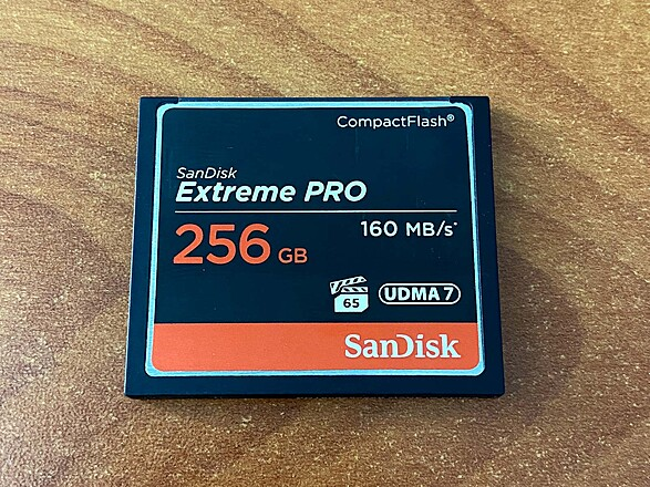 Assorted SanDisk Extreme PRO CF Cards
