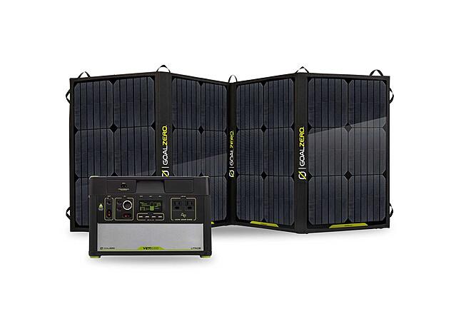 Goal Zero Yeti 1000 Silent Batter Generator + Solar Panel