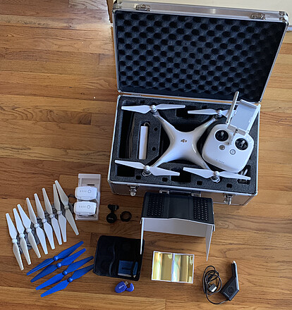 DJI Phantom 4 Quadcopter - MEGA BUNDLE (2 Batteries)
