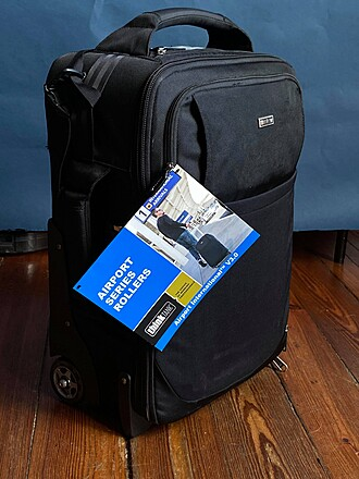 Think Tank Photo Airport International V 3.0 Rolling Carry On (lightly used)