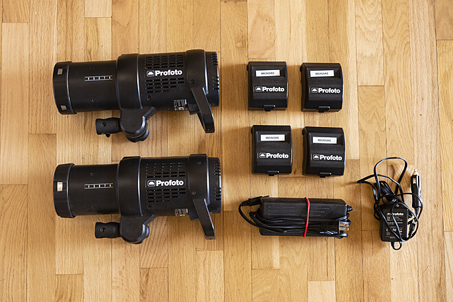 Profoto B1 AirTTL Strobe Kit (2 Lights, 4 Batteries)