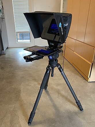 Complete Teleprompter Package with iPad + Tripod