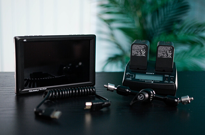 "FeelWorld 4K Ultra-Bright Monitor 7"""