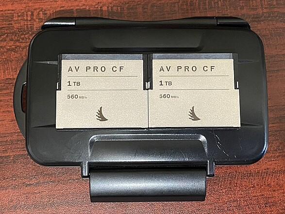2x AV Cfast Cards - 1TB w/Card Reader