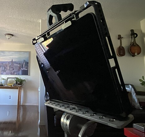 """12.9"""" iPad Pro (Unlimited Internet included!) +Stand+cage+vMount (Runs ALL DAY!)"""