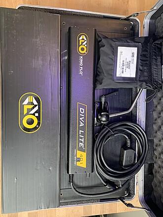 Kino Flo Diva-Lite 401 Kit (Very Good Condition)