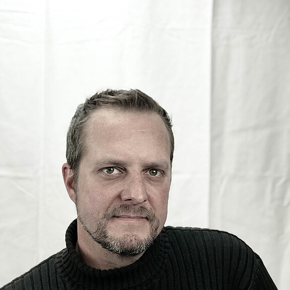 Gavin Holmes